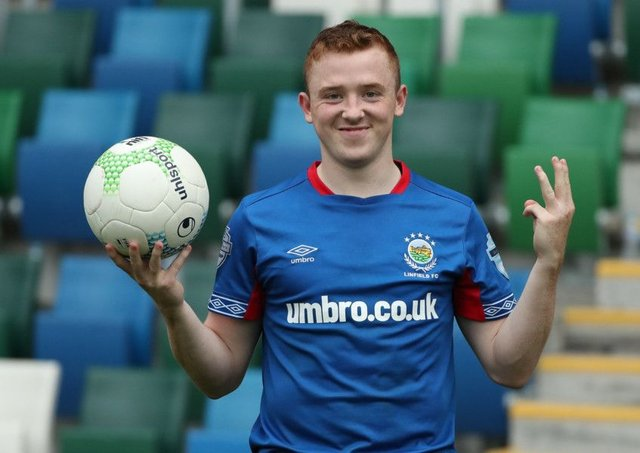 """Former Everton youngster Shayne Lavery """"too good"""" for Irish League 