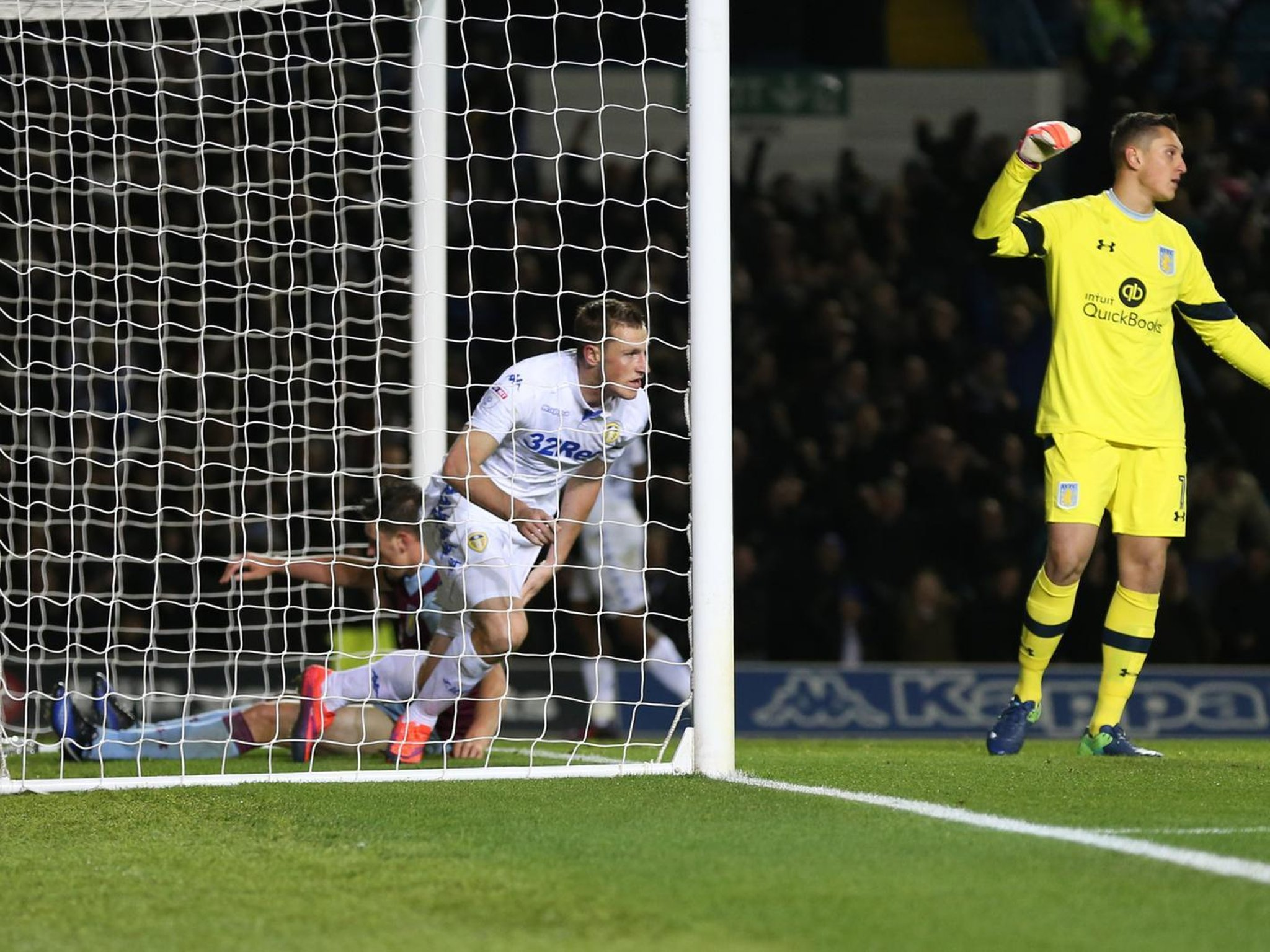 Kemar Roofe and Chris Wood ignited dramatic new Leeds United series against Aston Villa