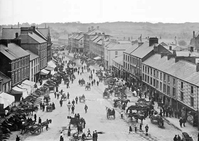 A bird's eye view of a bustling Market Street, Portadown, Co Armagh. Date: ca. 1900. NLI Ref: EAS_0117. Picture: National Library of Ireland