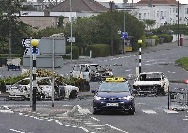 Pacemaker Press 04-04-2021: The Cloughfern roundabout in the O'Neill Road area of Newtownabbey