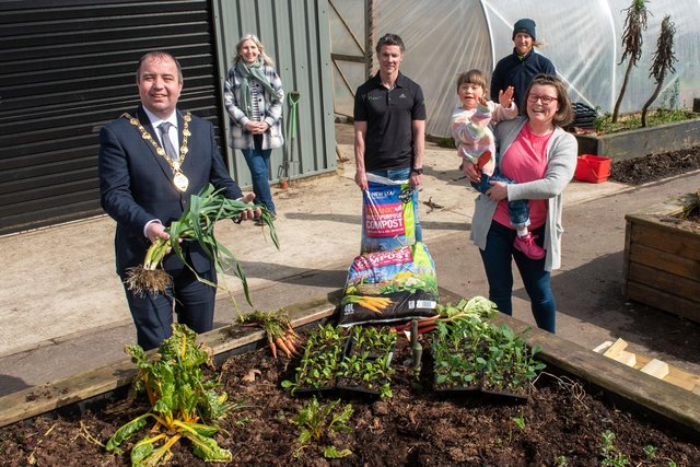 The Mayor, Councillor Brian Tierney, pictured in Brooke Park with I Can Grow participants Dawn and Maisie Colhoun, I Can Grow horticulturalist David Montgomery, CEO of the Natural World Products Colm Warren, and the Community Foundation's Shauna Kelpie.