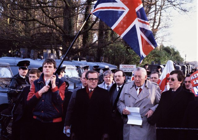 December 1985: PROTESTS AT MARYFIELD AND STORMONT ON DAY OF ANGLO-IRISH CONFERENCE