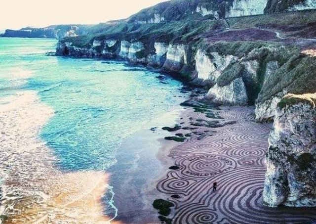Whiterocks beach gets a temporary makeover. See more pics on Instagram @gavinwallace40