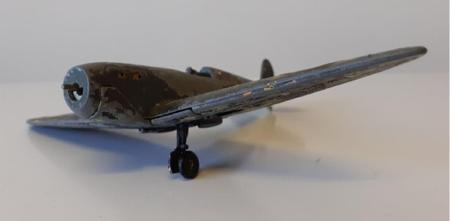 'Total wreck' 1960s Dinky Spitfire