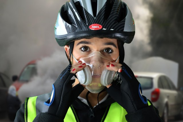 Denroy believes its design of bubl allows cyclists and  commuters to breathe easier