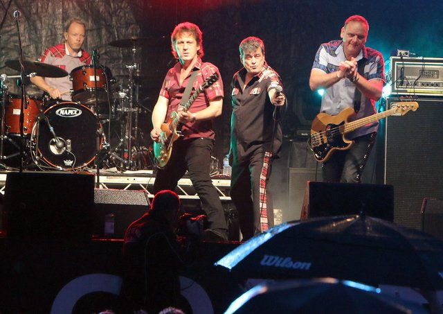 Les McKeown's Bay City Rollers on stage at Glenarm Castle in 2018. INLT 30-629-CON
