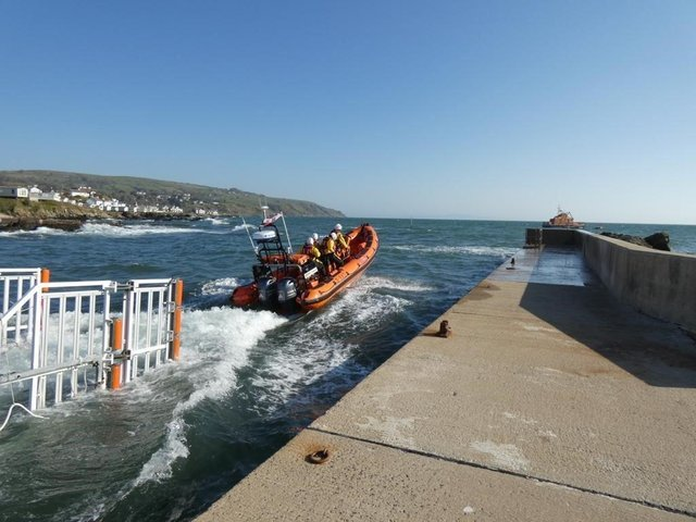Red Bay lifeboat launching on the callout