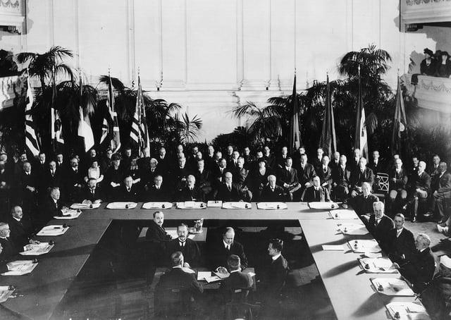 Signing of the Washington Naval Treaty (Five Powers Naval Treaty) in 1922