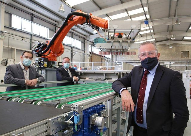 Finance Minister, Conor Murphy, Mark Higgins, Director of Operations FAST Technologies and Stephen Kelly, CEO of Manufacturing NI
