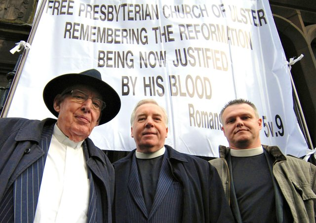 16/09/10: Lord Bannside, the Rev Ian Paisley, with Free Presbyterian Church moderator Ron Johnstone and then-clerk (now Martyrs' Memorial minister) Ian Brown outside Magdelan Church in Edinburgh protesting the Papal Visit