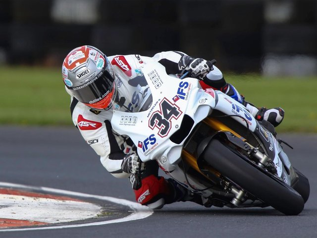 Alastair Seeley has previously rode the IFS Yamaha R1 in one-off appearances at events such as the Sunflower Trophy meeting.