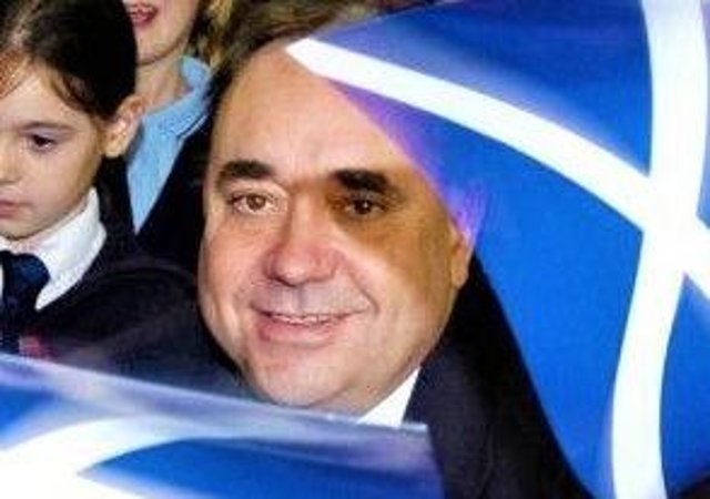 Alex Salmond campaigning in 2014