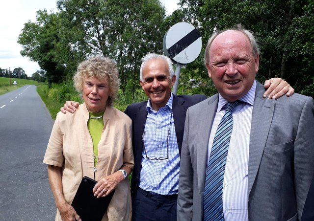 Kate Hoey, Labour MP, Ben Habib, Brexit Party MEP, and Jim Allister MLA on the Republic of Ireland side of the Monaghan-Fermanagh border