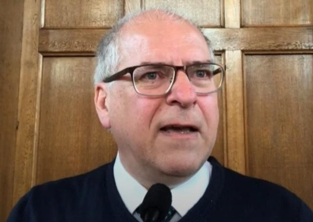 Rev Ian Carton of Whitehead Presbyterian Church has announced his resignation over his church's position on same sex relationships.