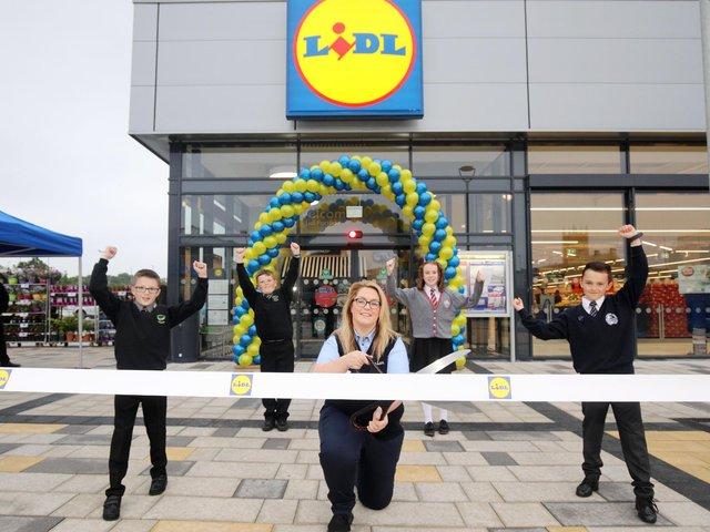 Pictured launching the new store are Callum Burke, Edenderry Primary School, Matthew Corbett, Edenderry Primary School, Nicola Fullen, High Street Mall Store Manager at Lidl Northern Ireland, Orla McAtamney, St John the Baptist Primary School and Blaine Nelson, Portadown Integrated Primary School