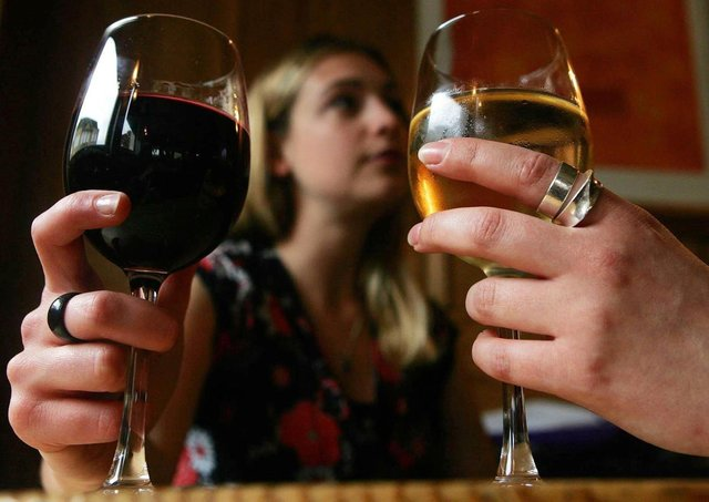 """The new legislation is """"about giving premises choice and flexibility to cater for their particular market,"""" Hospitality Ulster said. Photo: Cathal McNaughton/PA Wire"""