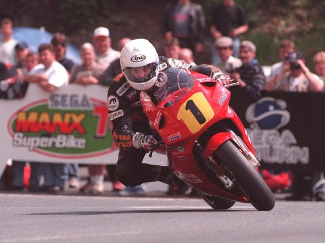 Phillip McCallen on his way to victory in the 1997 Senior TT.
