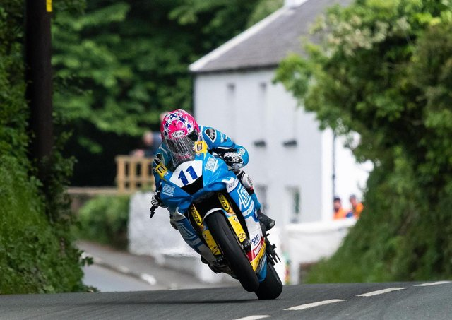 Lee Johnston in action in the Supersport class at the 2019 Isle of Man TT.
