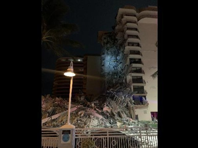 A photograph of the partially collapsed apartment block. (Photo courtesy of Miami Beach Police)
