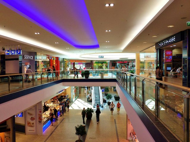 The women use public places such as shopping centres to target older and more vulnerable men.