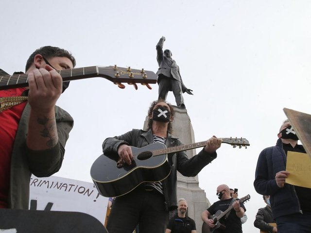 Alive Music Matters protest at the Carson Statue at Stormont this morning. (Photo: Pacemaker)