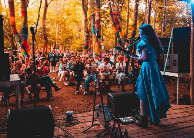 Sasha Samara on stage at the Stendhal music festival. Photo by Ciara McMullan